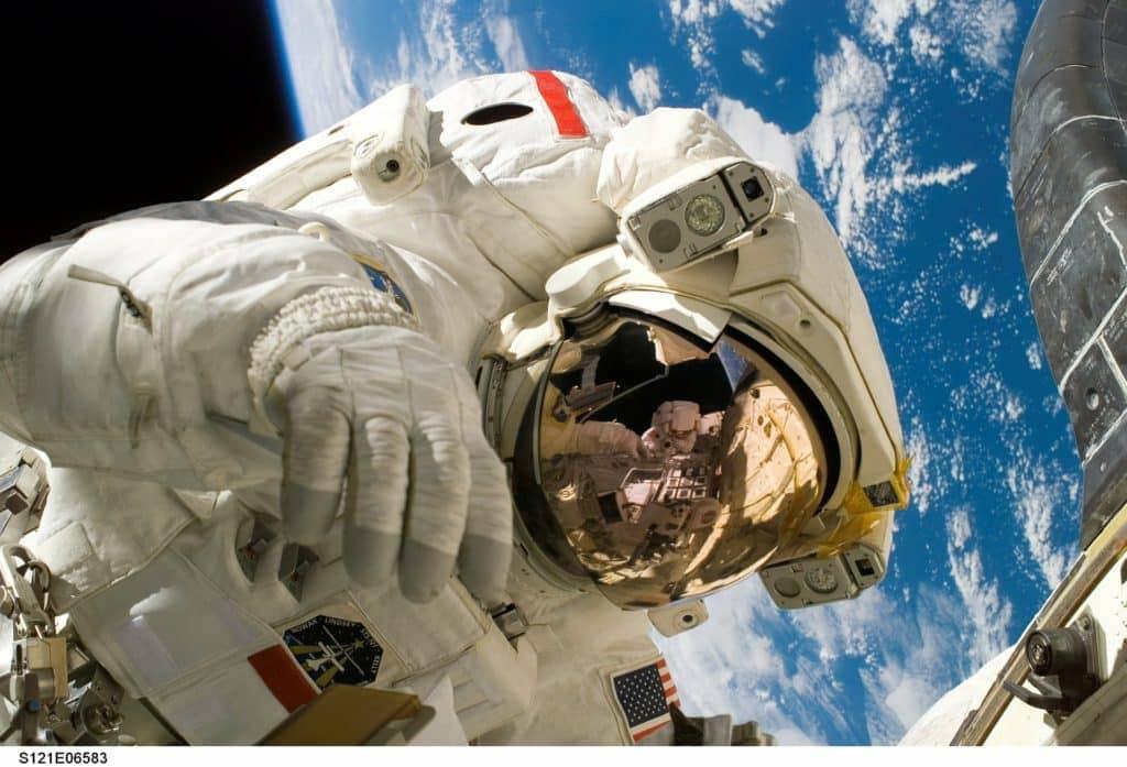 Dei Luft und Raumfahrt verwendet 4D Druck